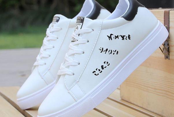 小白鞋哪个品牌比较好,性价比高的小白鞋品牌都有哪些